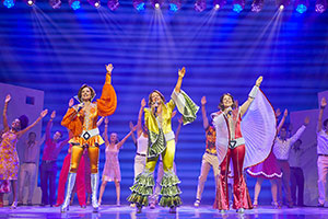 MAMMA MIA! International Tour 2018 - 2019 cast - Photography by Brinkhoff/Mögenburg