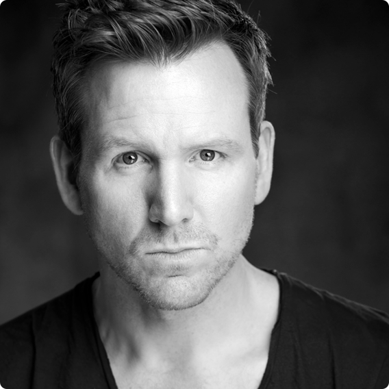 Jon Boydon Joins the MAMMA MIA!Uk Tour Cast